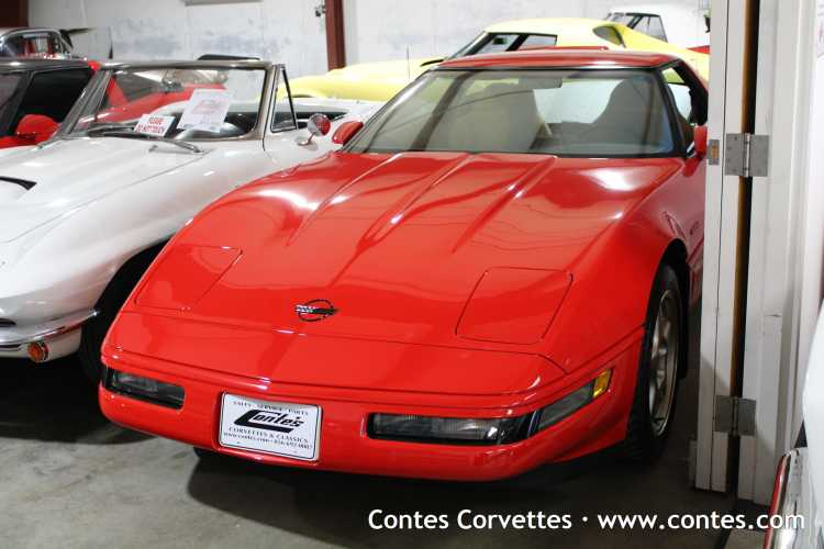 1995 ZR-1 Coupe, Torch Red with Light Beige Interior